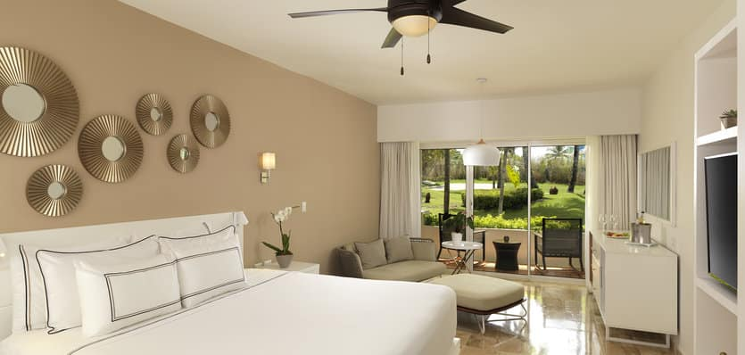 110MeliaPuntaCanaBeach-The-Level-Suite.jpg