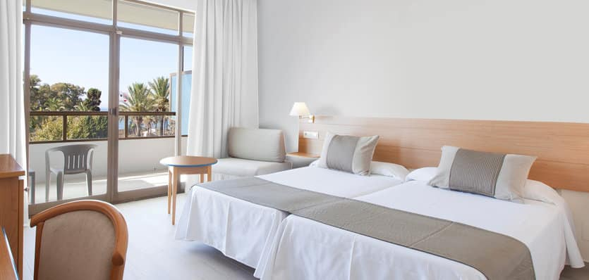 lis102aSolMarbellaEstepona-Sol-Room-with-Views.jpg